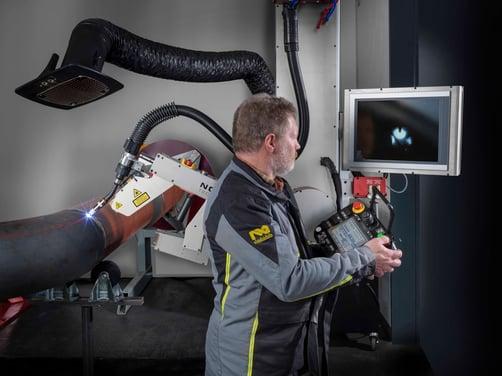 SpoolWeldingRobot-NOVARC-weld-seam-control-on-screen